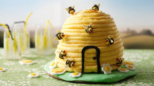 hive_cake_03837_16x9